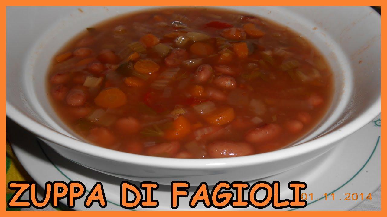 Zuppa Di Fagioli Con Carote Sedano Cipolla E Pomodoro Come Cucinare Con La Pentola A Pressione