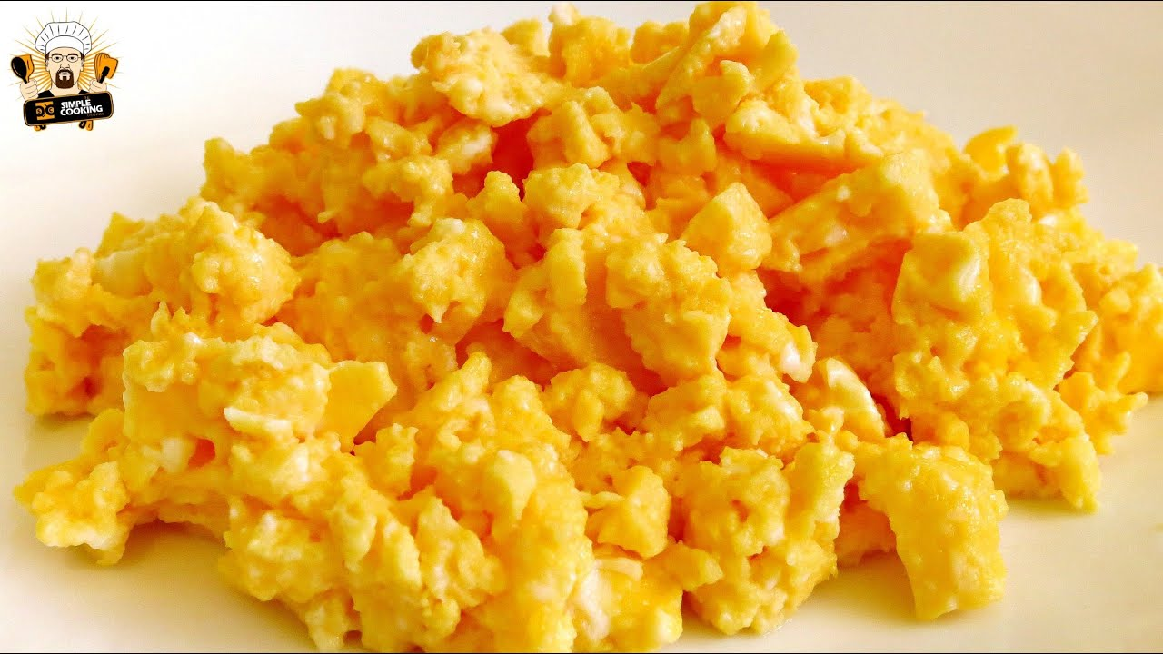 how to make scrambled eggs in a microwave