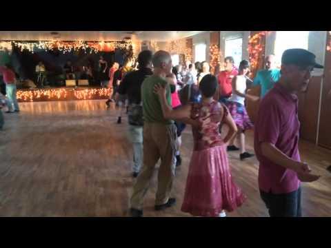 video:6-hour dance in Santa Cruz Feb 14, 2016