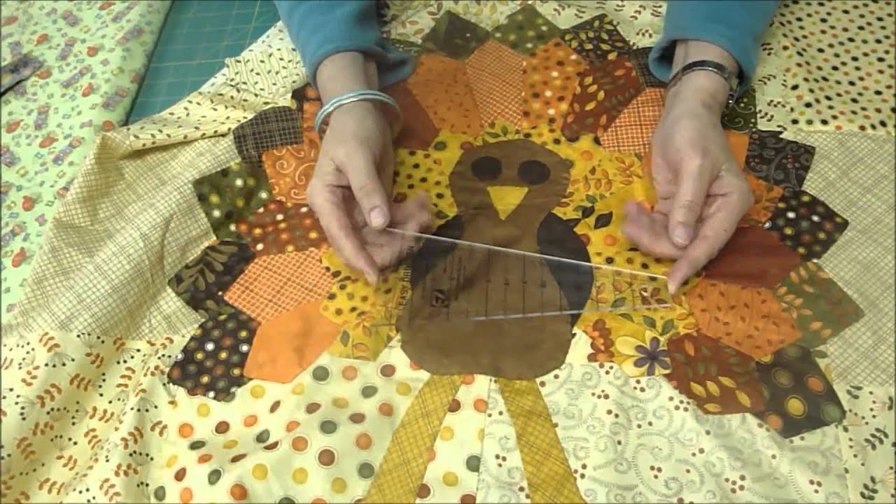 How to Quilt a (BIG) Thanksgiving Turkey! - YouTube : free thanksgiving quilt patterns - Adamdwight.com