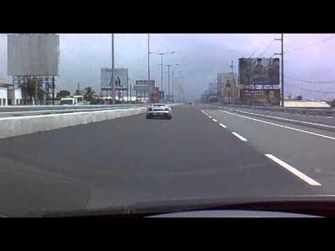 Sunday Fast Car (Lamborghini) in Skyway Manila... cool!