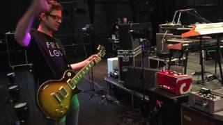 Jarle Bernhoft combines the Sarge and Road Amp Into One Awesome Sound