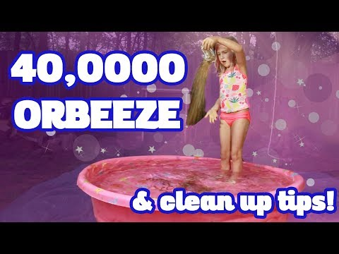 Playing 40K Orbeez and Ferret Fail plus Tips for Cleaning up Orbeeze! - Izzy Report