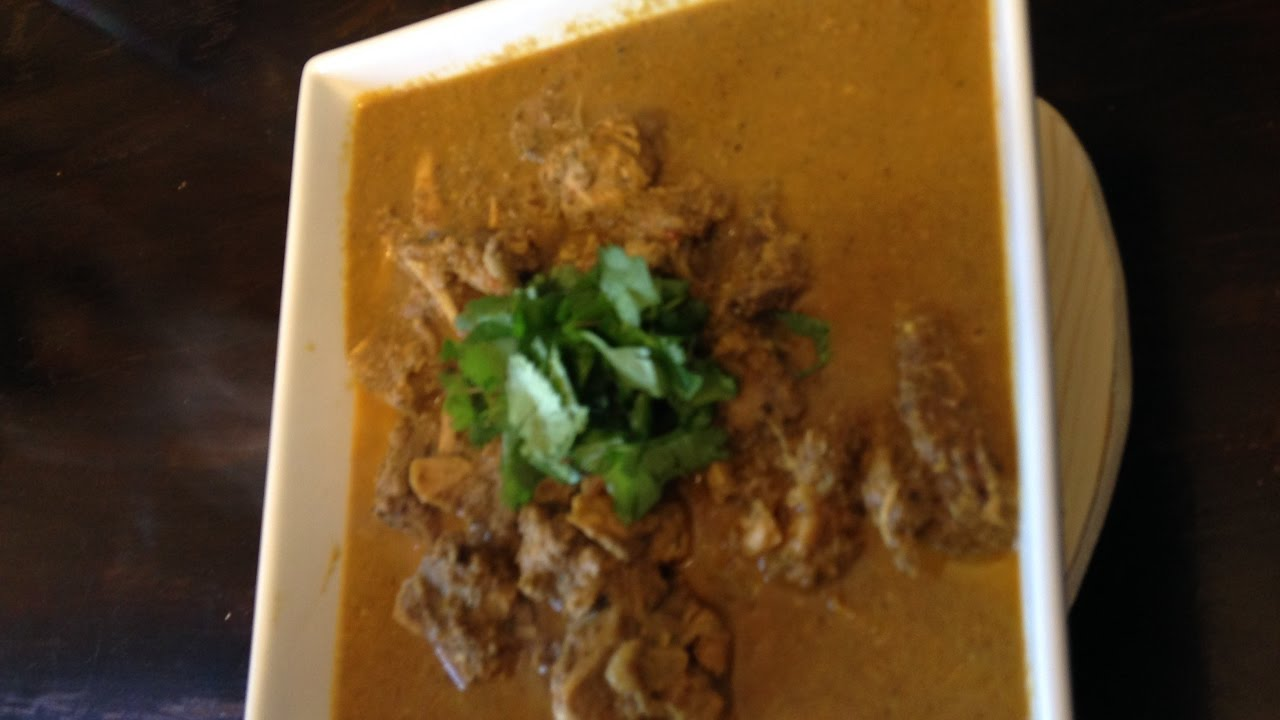 Authentic chicken xacuti curry from goa youtube authentic chicken xacuti curry from goa forumfinder Images