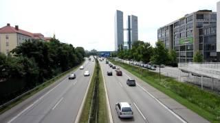 München  - Autobahn Einfahrt  Nord  - Highlight Towers