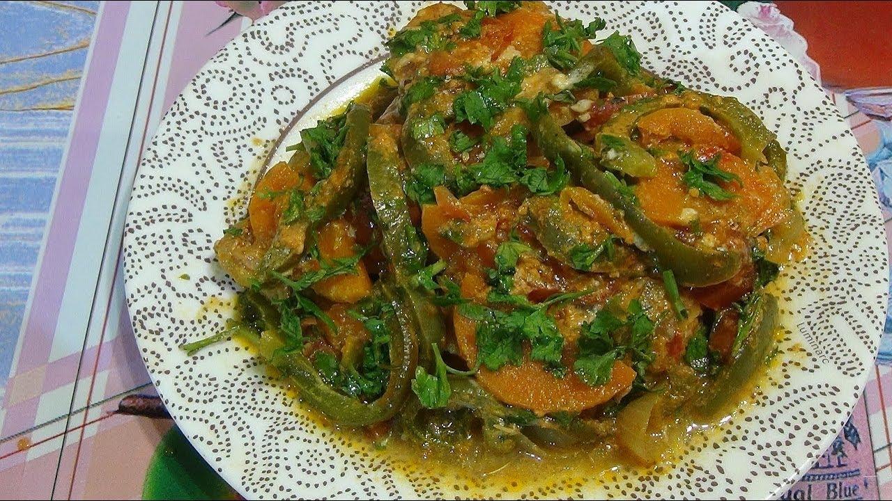 Рыба сайда запеченная в духовке под овощной шубой.