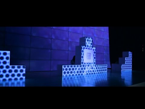 Dance Multimedia show. 3D Mapping. ASUS ZENFON