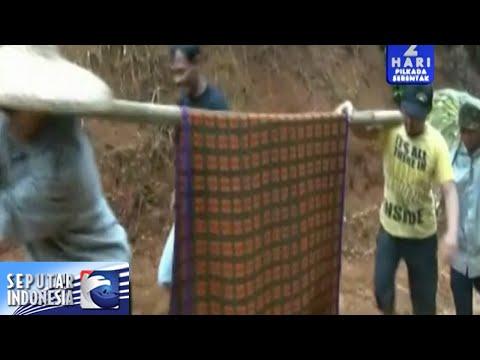 Desa Terisolir, Ibu Hamil Terpaksa Ditandu [Sindo Siang] [7 Des 2015]