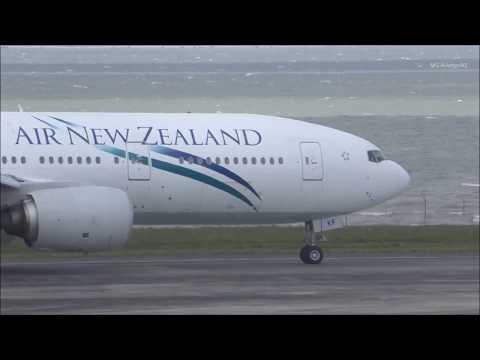 Air New Zealand Boeing 777-219ER Landing Auckland Airport
