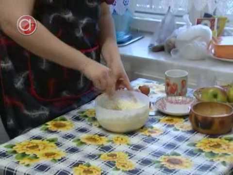 Шарлотка с яблоками - пошаговый кулинарный рецепт