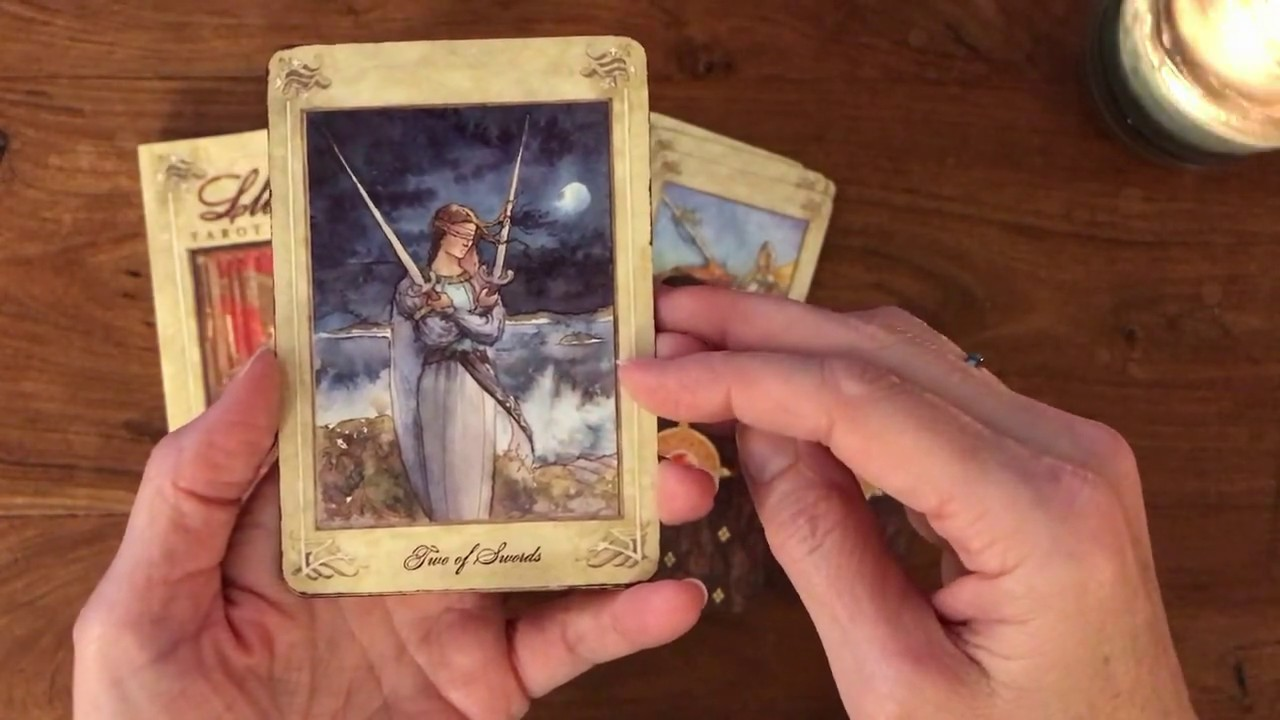 The Llewellyn Tarot Show and Tell