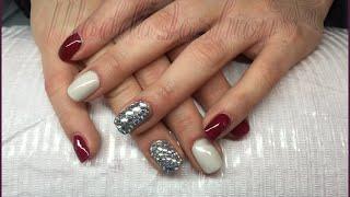 Copertura unghie naturali e nail art con prodotti Passione unghie Thumbnail