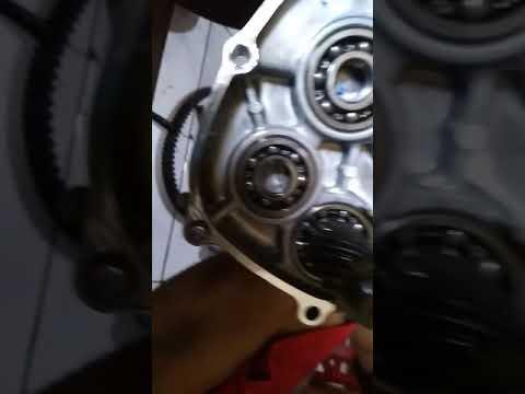 Ganti bearing kalau bunyi klotok-klotok pada gearbox yamaha xmax