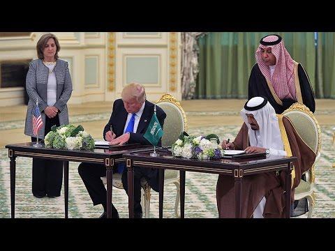 US and Saudi Arabia Strike $320 Billion Deal 1