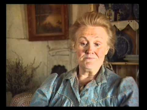"""Dame Joan Sutherland interviewed during filming of """"Dad and Dave"""""""