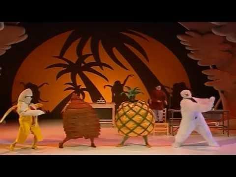 Peacock Theatre - The Snowman - Trailer