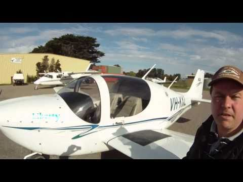 Liberty XL2  Aircraft demonstration and flight in Melbourne