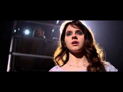 CloseUp on Actress Kara Hayward Playing Emily Parris