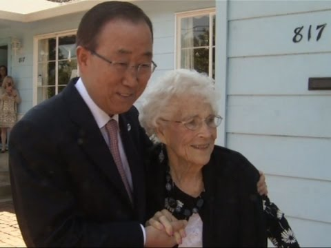 Ban Ki Moon Visits His 'American Mom'