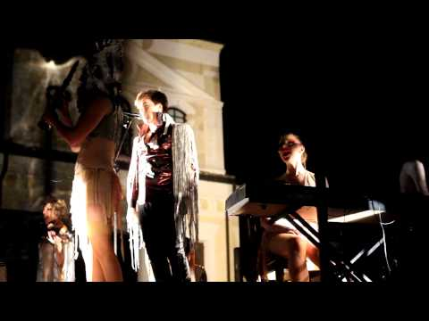 The Irrepressibles - The Tide / In This Shirt - Sesto al Reghena 6 Aug 2011