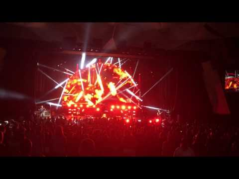Nickleback Saratoga performing arts center July 10th 2017 burn it to the ground.  (Encore )