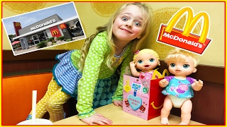 Baby Alive Dolls Mcdonalds Happy Meal and Kroger Kid Size Shopping Cart Trip W/ Play Doh Girl