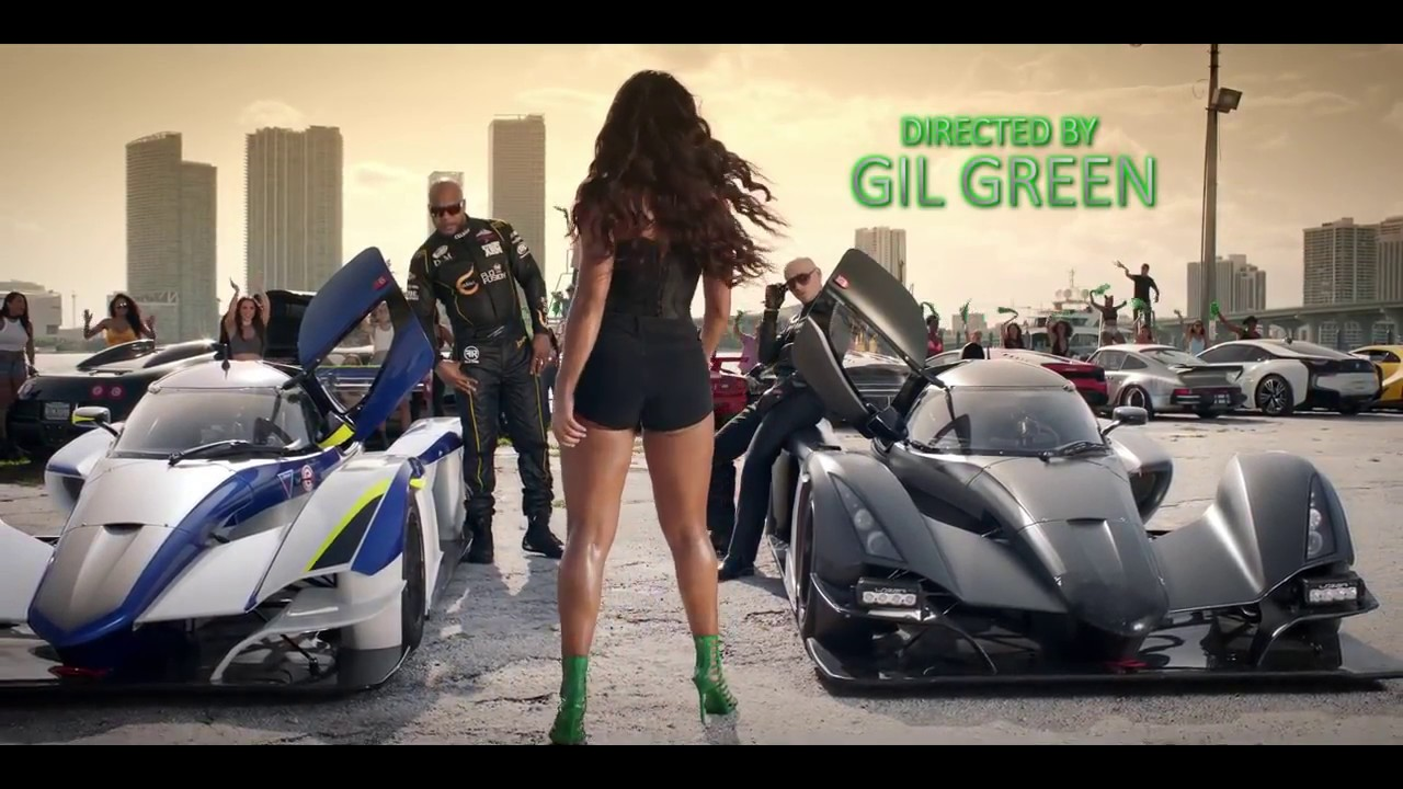 Download Pitbull   Greenlight Official Video ft  Flo Rida, LunchMoney