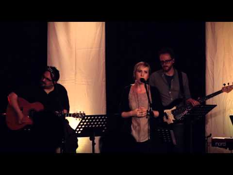 My Soul Finds Rest - Live Vineyard Worship [Spirit Burn] feat. Hannah Holley