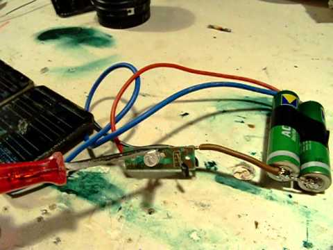 solar led lantern circuit part 1, two varta nimh batteries and 2 solar cells