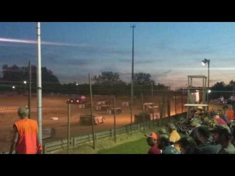 Late Model Feature Lineup and 4 Wide Charleston Speedway