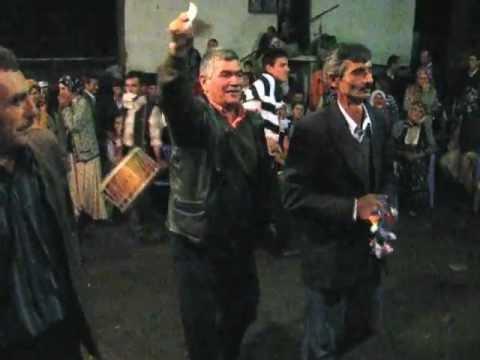 bigadiç kızılçukur köyü yörük ali oyunu