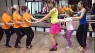 Танц на ПИНГВИНА - Формация Изгрев & ZUMBA®Fitness with Violina Varna