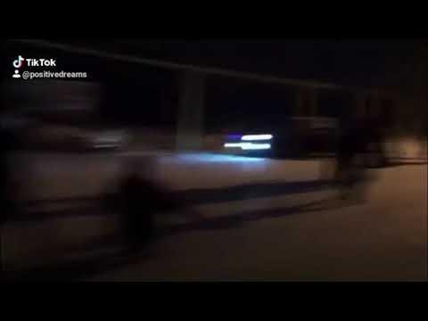 Молодежь Чечни радуется первому снегу 😀😀😀