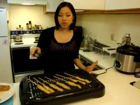 Satay & Peanut Sauce 2 (old version) Hot Thai Kitchen! - YouTube