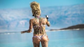 Девочки Купаются в Мертвом Море. Русские в Израиле(, 2017-02-03T17:05:54.000Z)