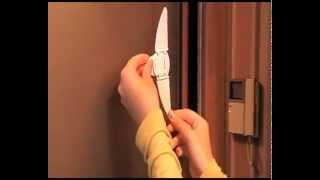 видео Защита от детей на ящики и шкафы, какие бывают и как правильно крепятся