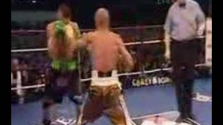 Mundine teaches Green a lesson or two about boxing