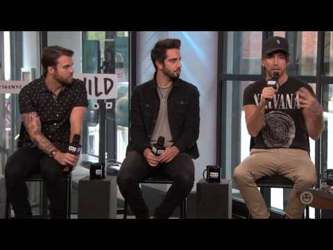 "All Time Low Discuss Their Label Debut Album ""Last Young Renegade"""
