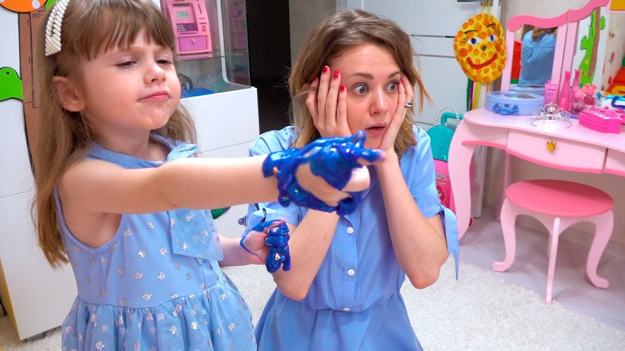 Download Eve pretend play with toys for kids