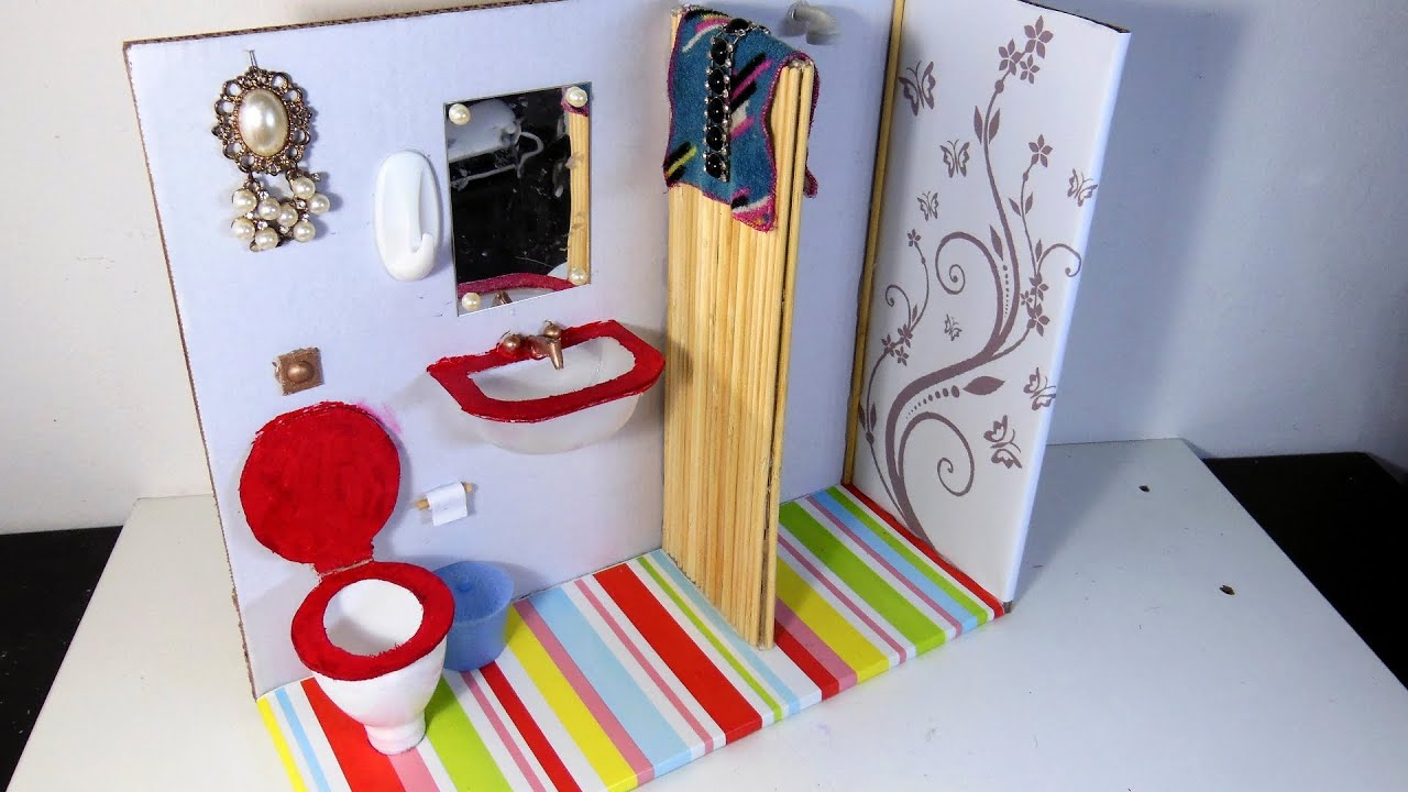 Banheiro (sanitário, pia e chuveiro) para Barbie DIY  YouTube -> Como Fazer Uma Pia De Banheiro Para Maquete