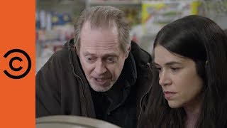 When Your Mugger Gives You Financial Advice | Broad City