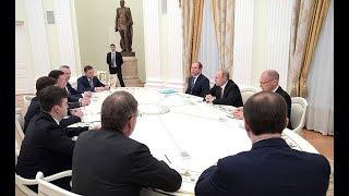 Травников рассказал Владимиру Путину о решении идти на выборы губернатора