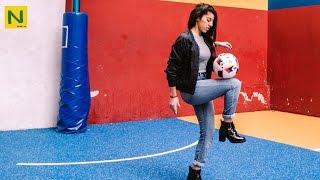 17歳 フリースタイル女王の絶技【サッカー】 | Lisa Zimouche freestyle skill Compilation