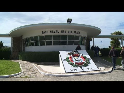 Relatives question navy as wait for sub in Argentina hits day 7