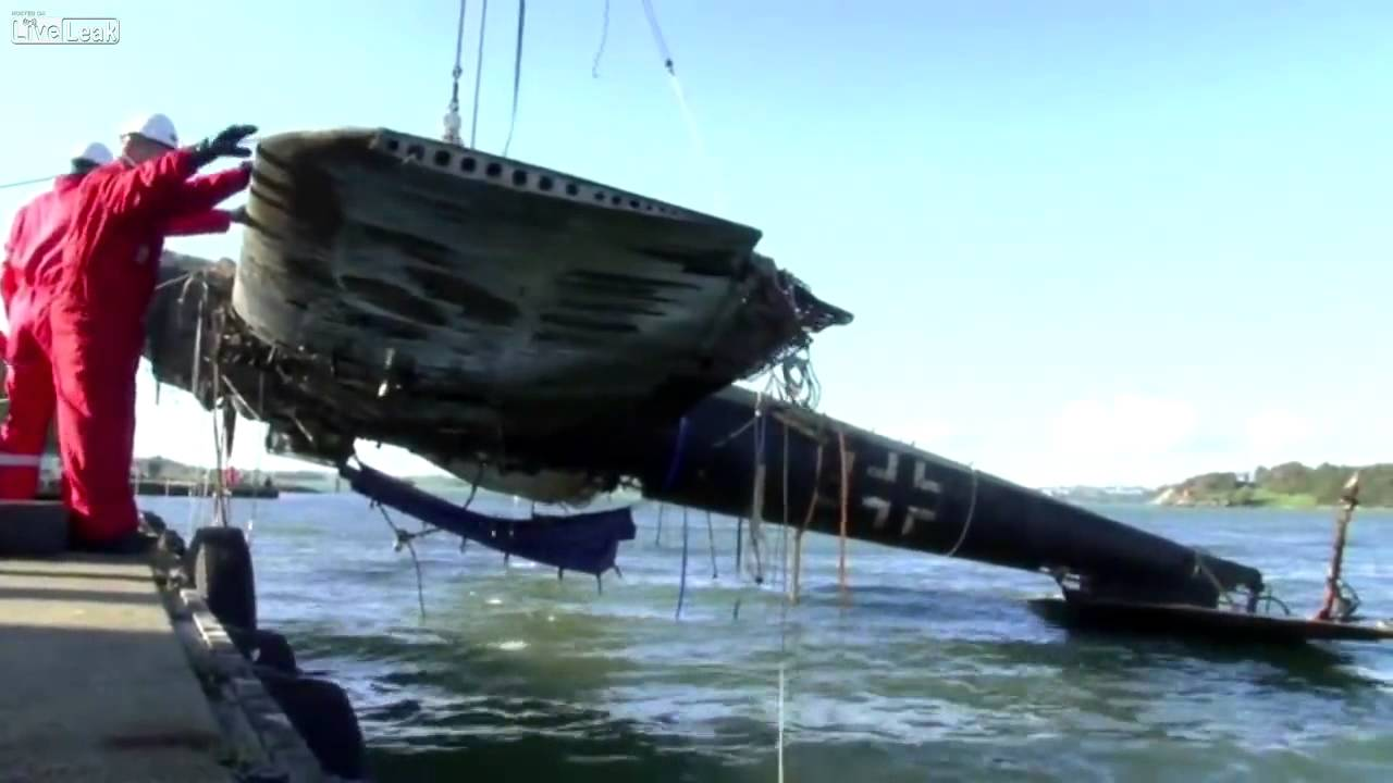 Underwater Images Of The Ww2 Dornier Lying In 50ft Water Off Kent Coast Work Began Today To Raise What Is Only Surviving World War Two