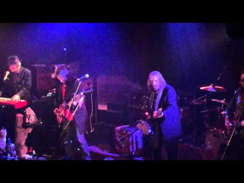 Cabin Down Below- Tom Petty and the Heartbreakers- 12-18-15- Troubadour