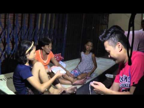 Feeding the poor in Manila