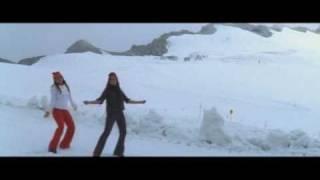 Karupin Azagu - Swapna koodu - Nice song, Chikitaaas...