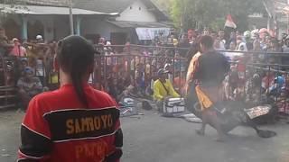 LINGSIR WENGI voc.ika COVER SAMBOYO PUTRO live JATIKAPUR