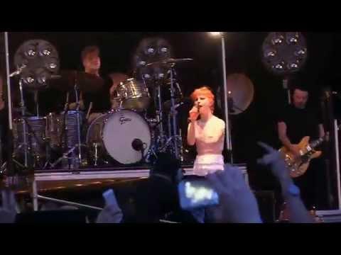 Paramore @ Hangout Fest- Complete Concert (1hr14min, 720p HD) on 5-15-2015